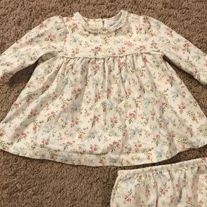 Adorable Newborn outfit with bloomers that match.